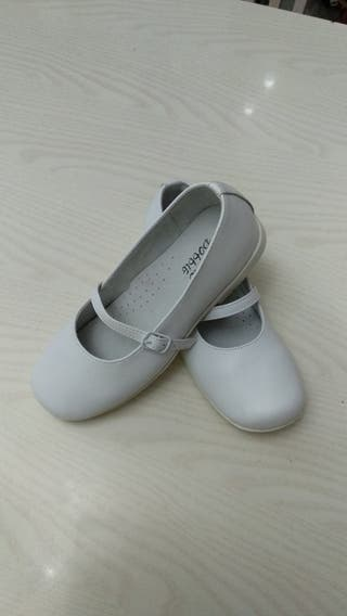 2 Pares Zapatos de niña talla 35