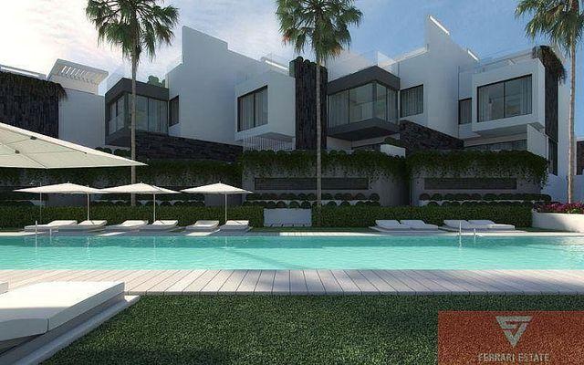 Villa en venta en Estepona Oeste - Valle Romano - Bahía Dorada en Estepona (Saladavieja, Málaga)