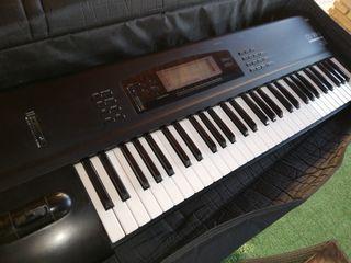 Teclado sintetizador Korg 01 WFD