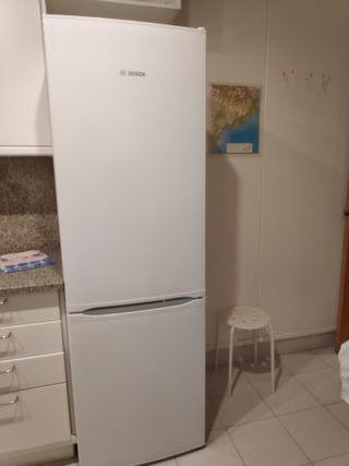 Nevera - congelador Bosch color blanca