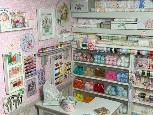 Mercería en miniatura casa de muñecas escala 1:12