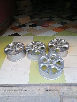 cuatro llantas de aluminio de 5 tornillos