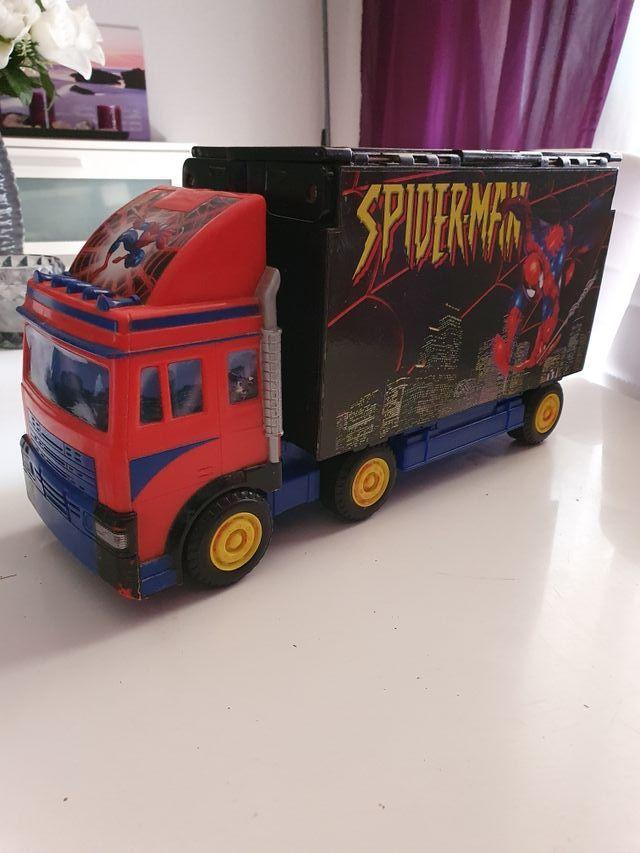 Camión ciudad Spiderman Marvel