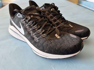 Nike Vomero 14 talla 44