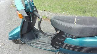 MOTO SCOOTER PEUGEOT SC75L VESPA