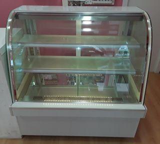 Vitrina expositora refrigerada pastelera