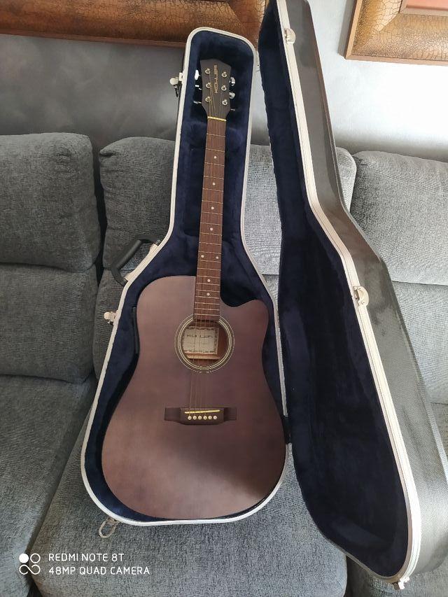 Guitarra electro-acustica y funda rigida