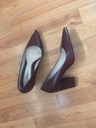 Zapatos tacón Uterque
