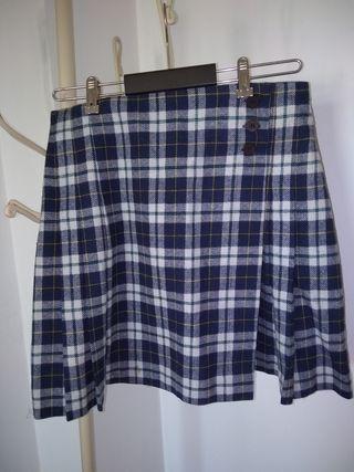 falda estilo escocesa, talla 40