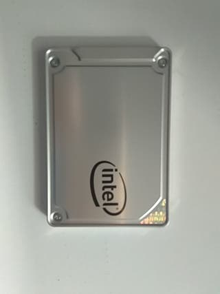 Disco duro SSD 500 GB intel