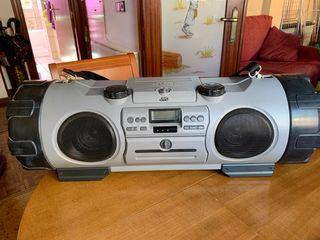 Radio cd y casette portátil JVC