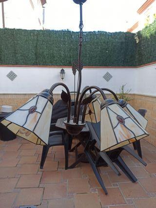 Lámpara de techo y dos lámparas pequeñas