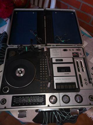 CENTRO MUSICAL SUNNY-VOX MODELO NO 6000.