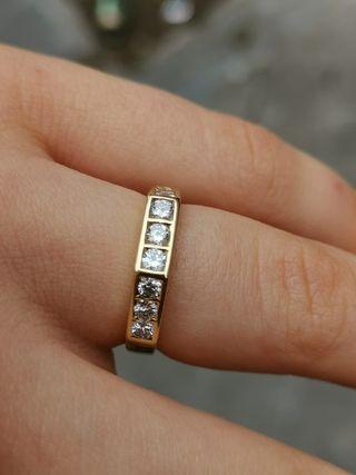 Anillo Oro y Diamante 0.45