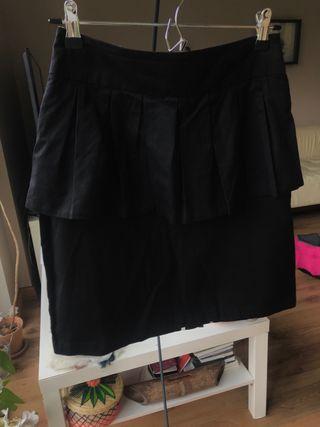 Falda negra Diksí tubo con sobre falda negro S
