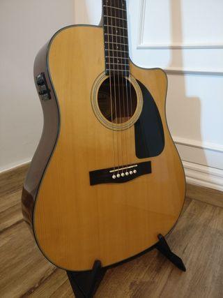 Guitarra Electroacústica Fender CD-60CE