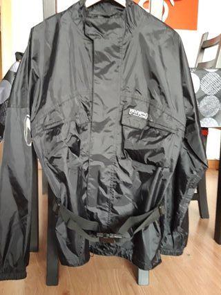 Chubasquero moto completo: chaqueta + pantalón