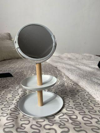 Joyero con espejo