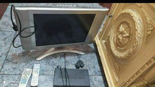 Televisión 20 pulgadas + aparato TDT.