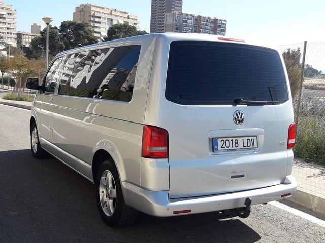 Volkswagen Caravelle 2010