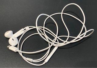 EarPods con conector Lightning originales