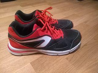 Zapatillas deportivas con muy poco uso, perfectas