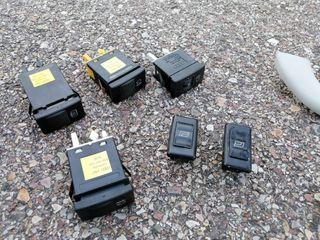 Botones y piezas varias Audi A4