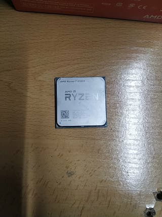 Procesador Ryzen 2700x