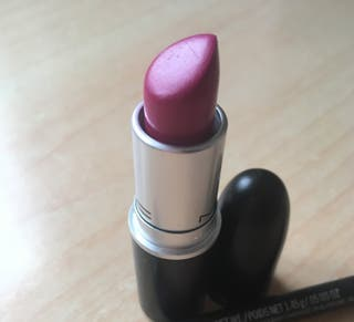 MAC Girl about town lipstick