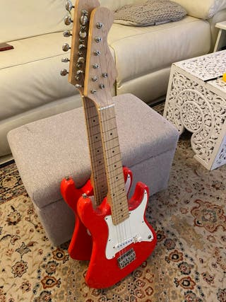 Guitarra infantil electrica