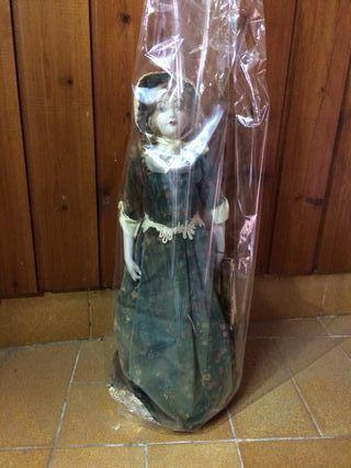 Muñeca de porcelana edición limitada
