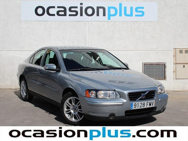 Volvo S60 2.4 Kinetic 125 kW (170 CV)