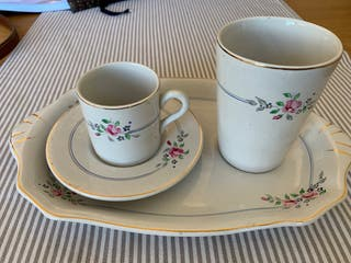 Conjunto desayuno porcelana antiguo