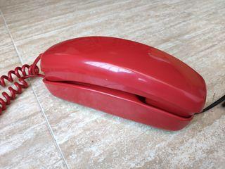 Teléfono antiguo góndola rojo