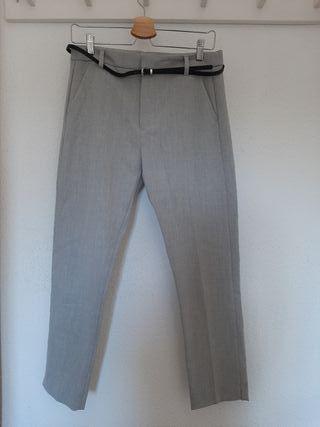 Pantalón chino gris Bershka