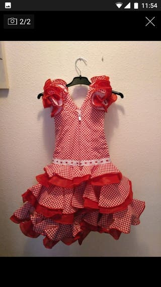 Traje de flamenca niña.