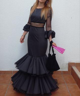 Traje de Flamenca 200€