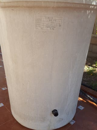 depósito de agua de poliester
