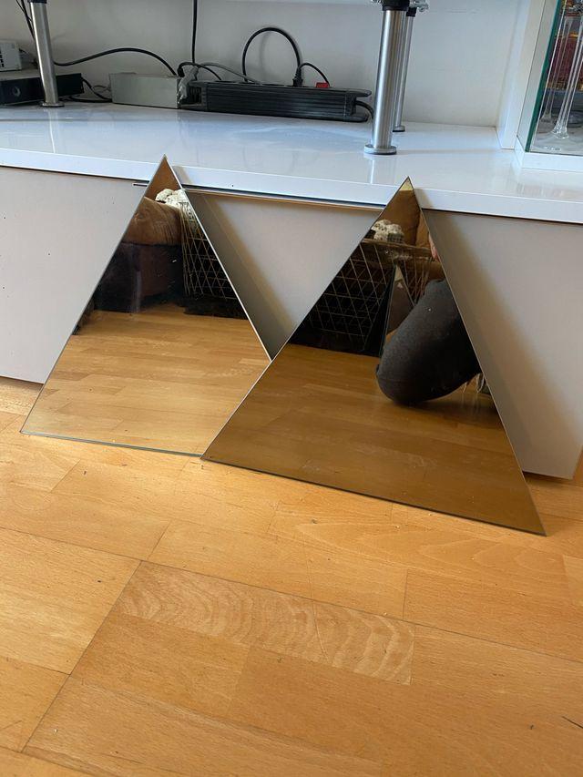 8 Espejos triángulos