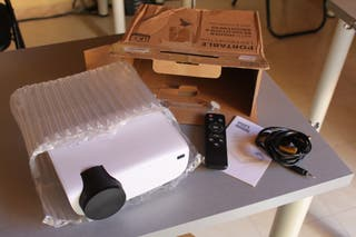 Proyector LED portable