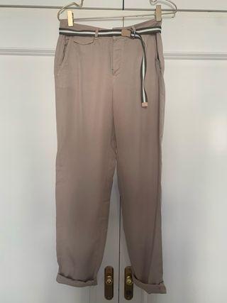 Pantalón chino zara color beige con cinto talle 34
