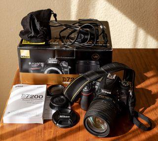 Cámara Nikon D7200 con objetivo AFS 18-105 mm