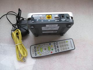 DECODIFICADOR UHD MOVISTAR, mando, alimentador