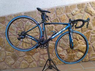 Bici carretera Carbono BH, grupo Ultegra RD-R8000