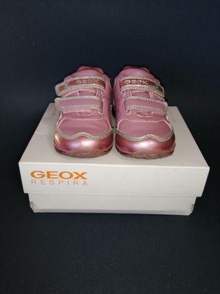 Zapatillas Geox para niña número 21