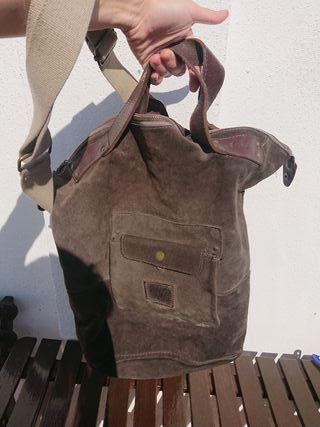 Bolso de ante marrón