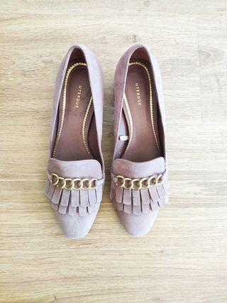 Zapatos tacón bajo, mocasines Uterqüe