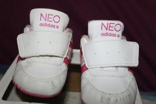 Bambas de bebe Adidas Neo