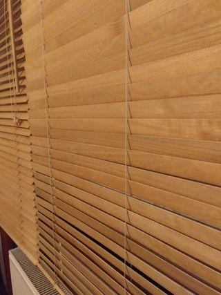 Estores cortinas madera.