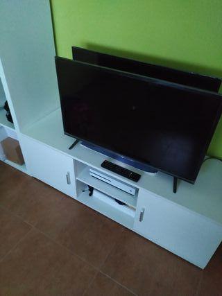 TV THOMPSON LED 32 PULGADAS (AVERIADA)